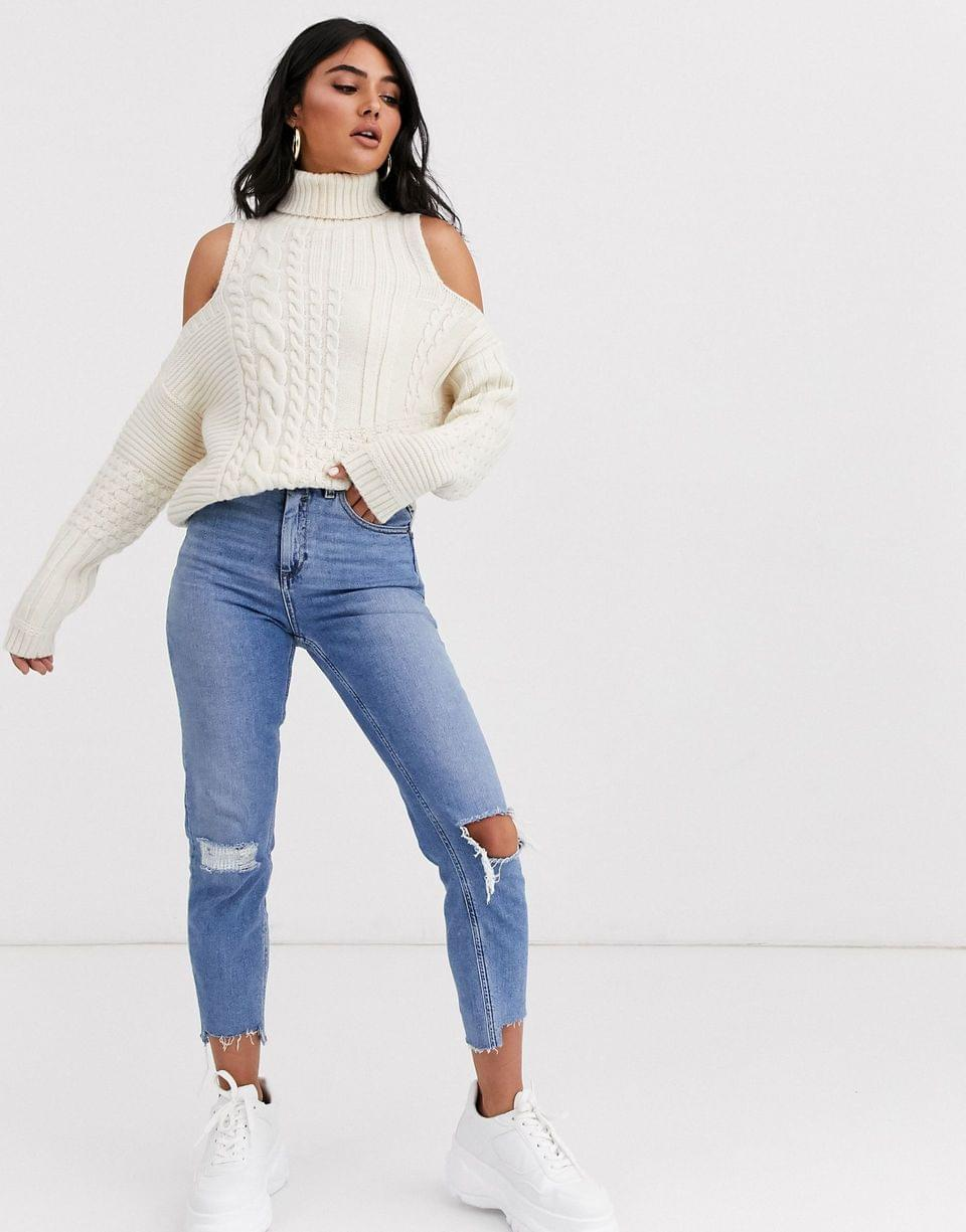 Women's cold shoulder cable sweater