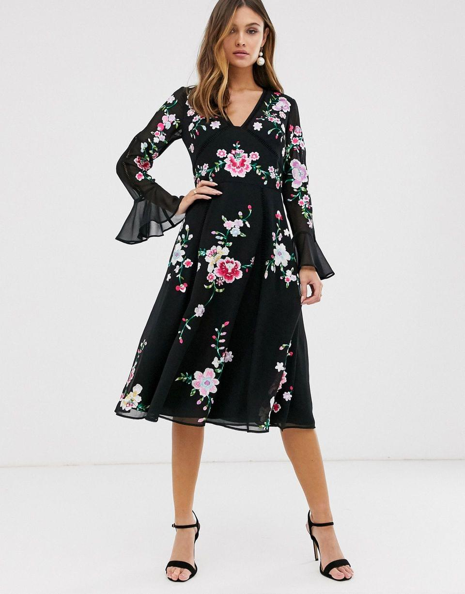 Women's embroidered midi dress with lace trims