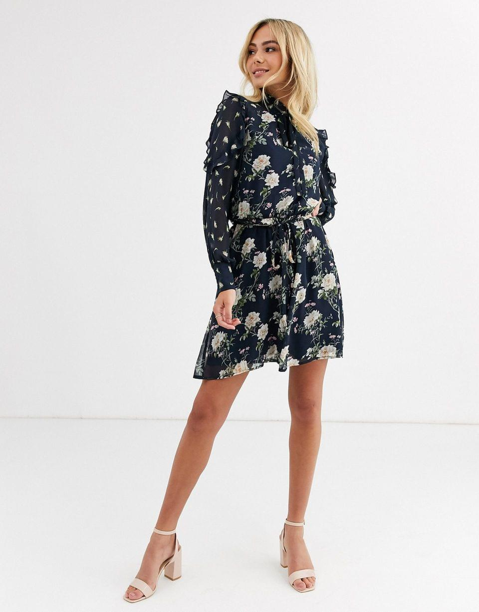 Women's Oasis tiered dress with pussybow collar in floral print