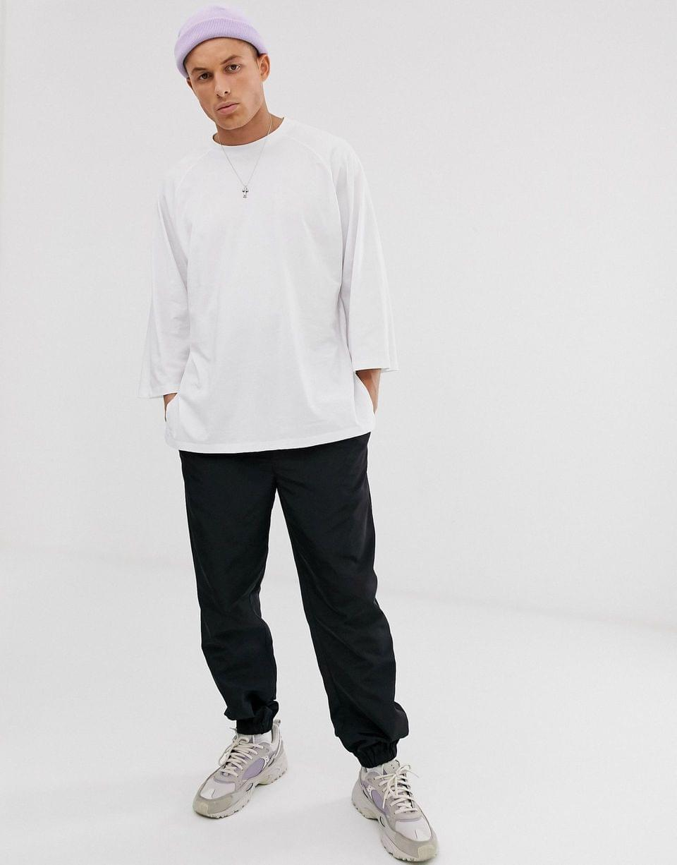 Men's oversized raglan t-shirt with wide sleeves in white