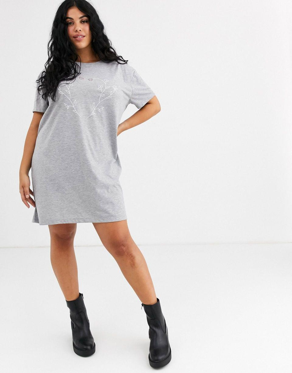 Women's Wednesday's Girl Curve oversized t-shirt dress with floral heart graphic