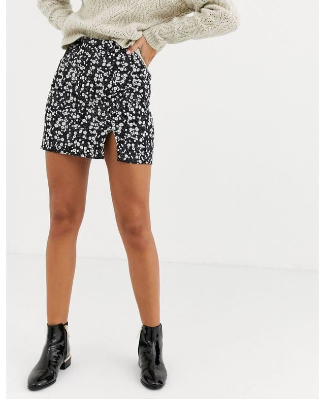 WOMEN Daisy Street mini skirt with front split in floral print