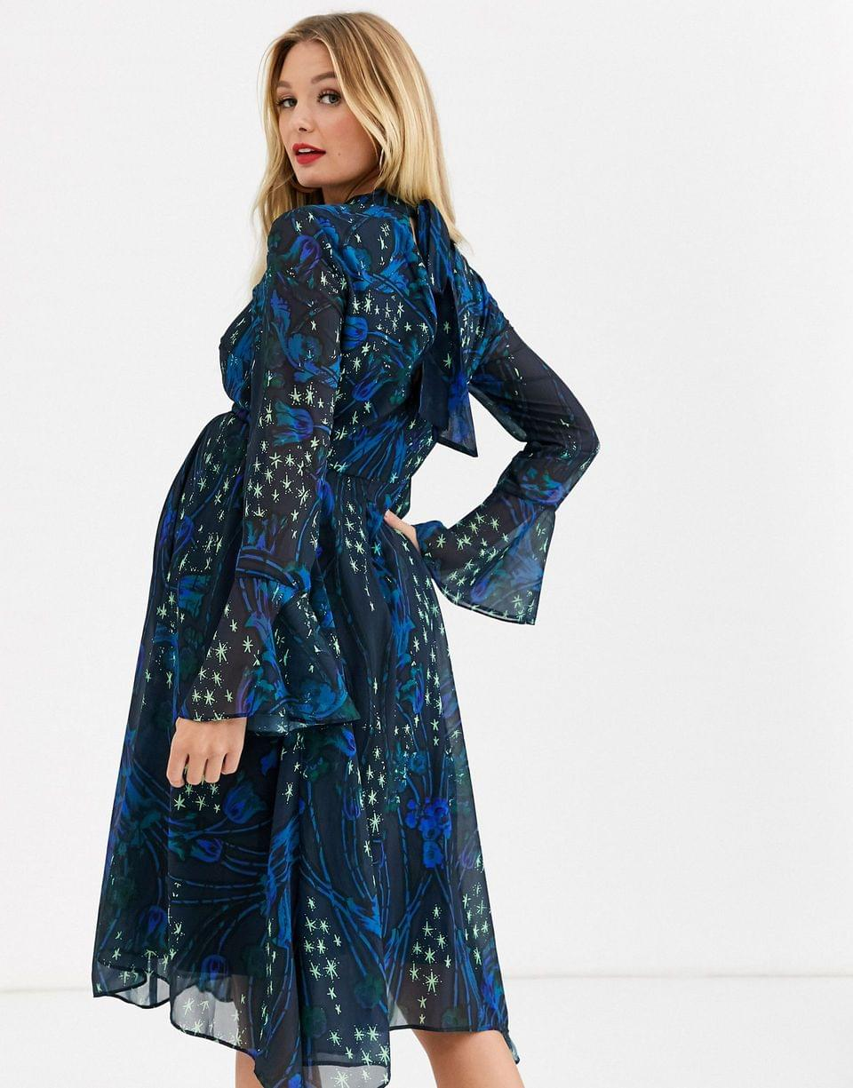 Women's Hope & Ivy Maternity high neck midi dress with fluted sleeve and hem in cuff in contrast floral and star print