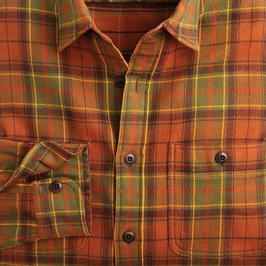 Men's Midweight flannel shirt in burnt orange plaid