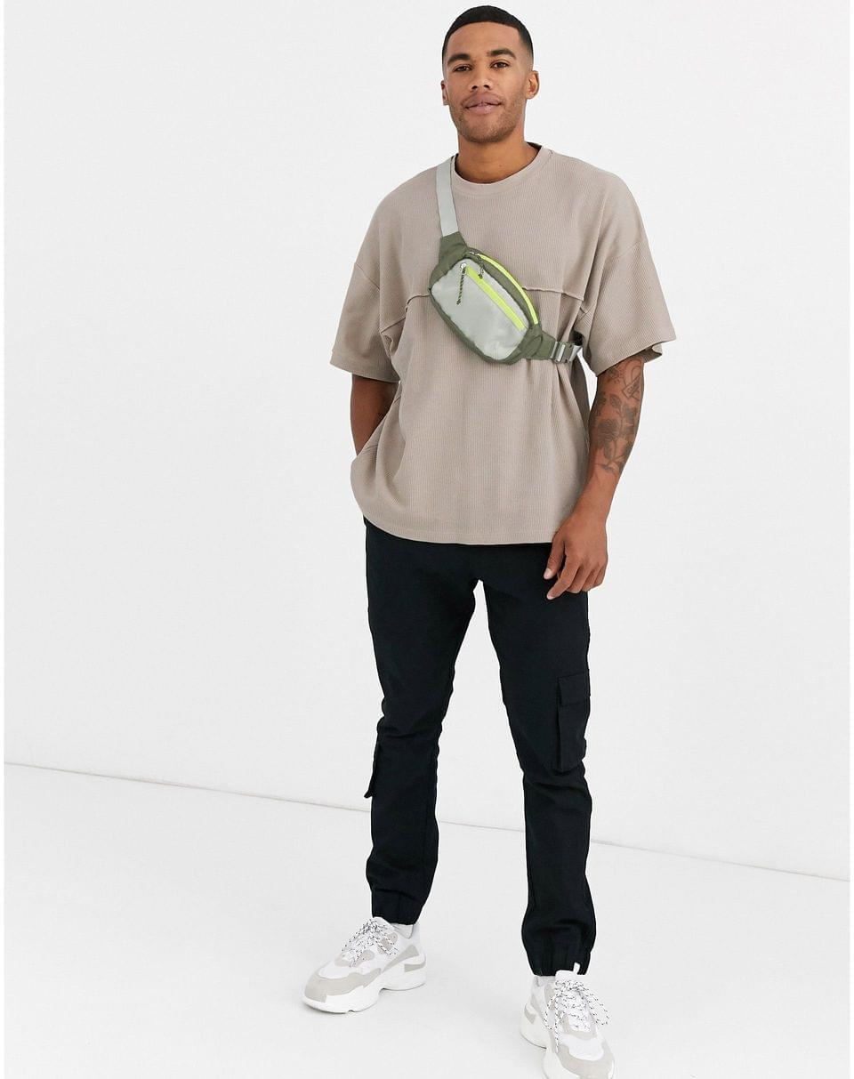 Men's oversized t-shirt with seam in waffle in beige