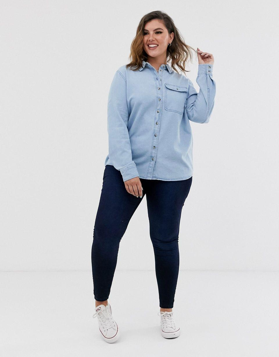 Women's Curve denim shirt with pocket in mid wash blue