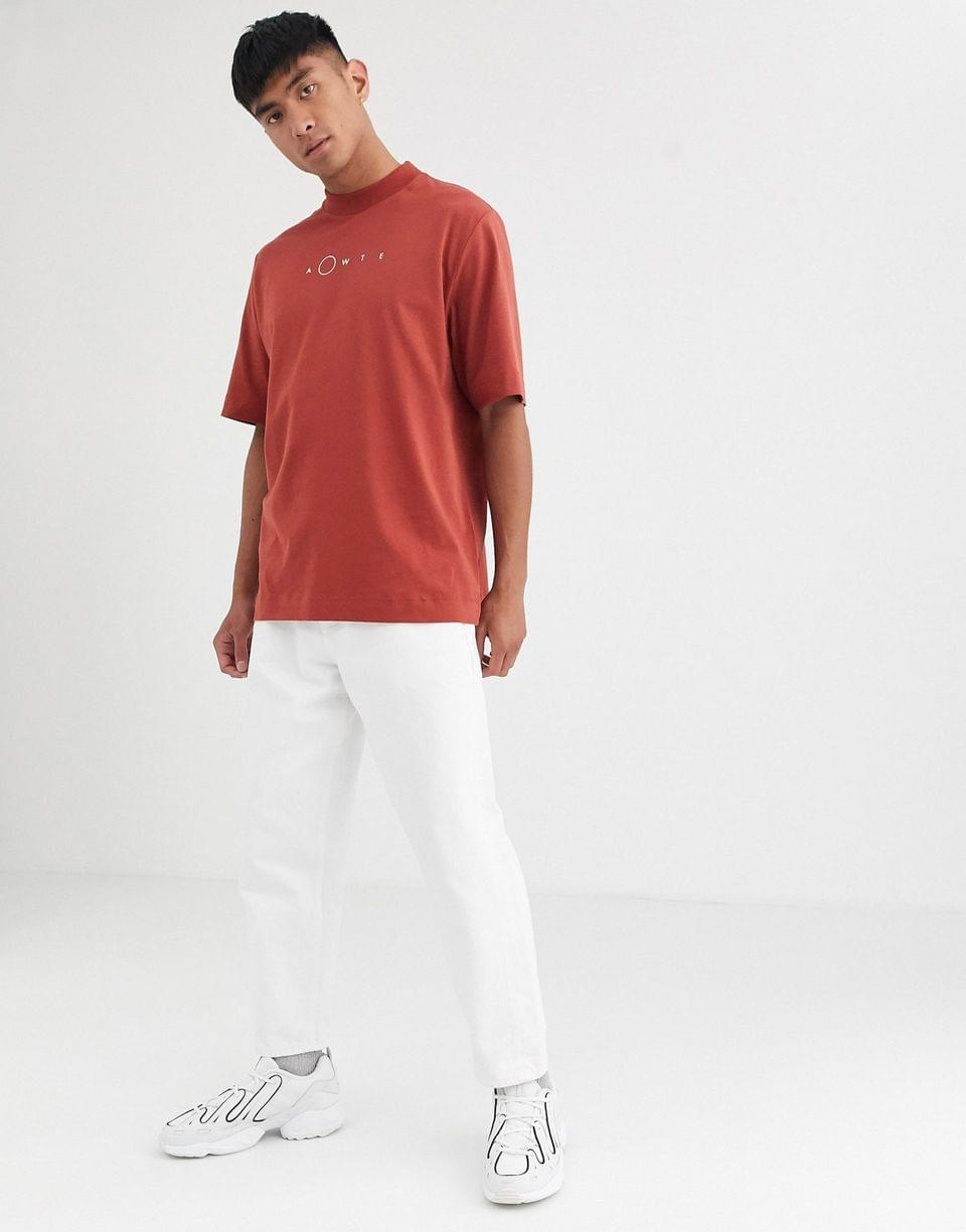 Men's WHITE loose fit t-shirt in red with logo print