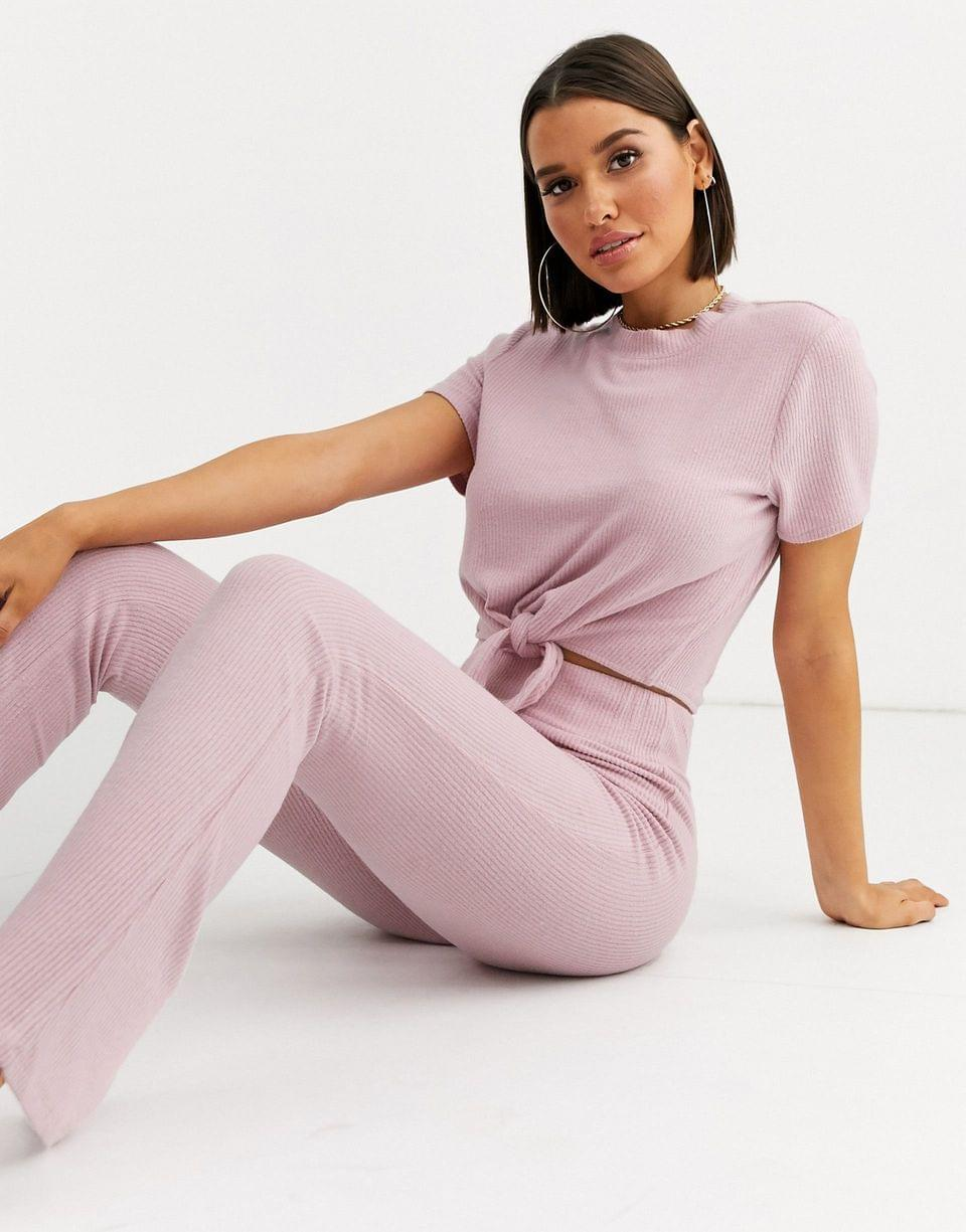 Women's Loungeable mix & match rib knot front crop top tee in pink