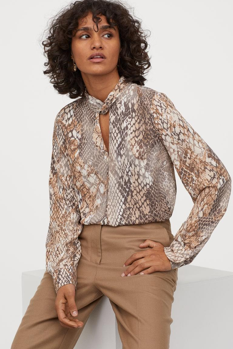 Women's Blouse with Stand-up Collar