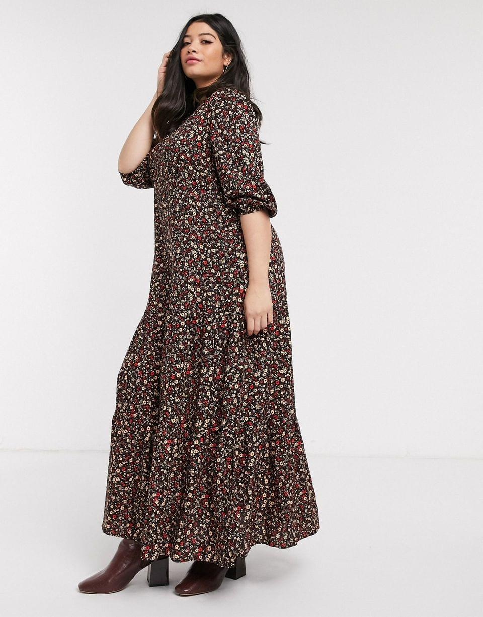 Women's New Look Curve maxi smock dress in black ditsy floral