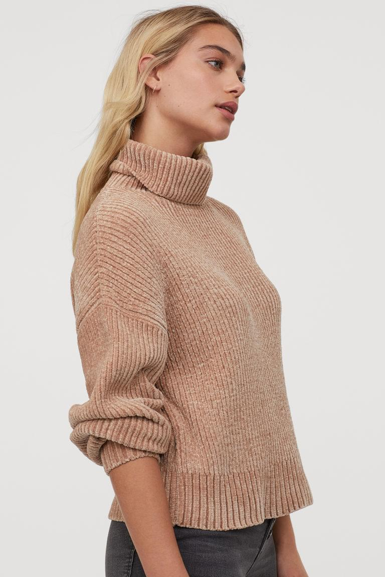 Women's Oversized Turtleneck Sweater