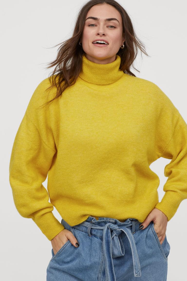 Women's Fine-knit Turtleneck Sweater
