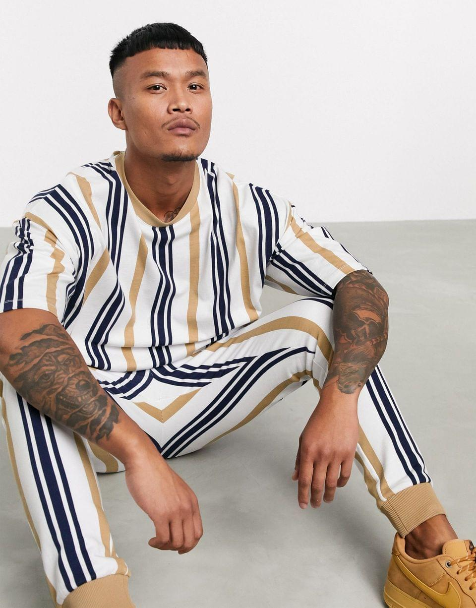 Men's oversized two-piece longline t-shirt with neutral vertical stripe in heavyweight fabric