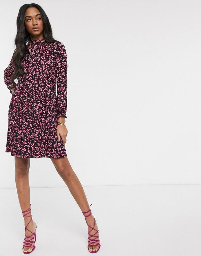 WOMEN Warehouse ditsy floral print tiered dress in pink