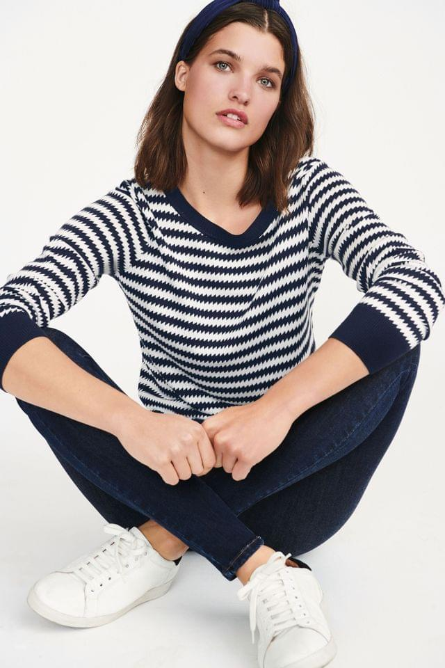 WOMEN Navy Zig Zag Crew Neck Jumper