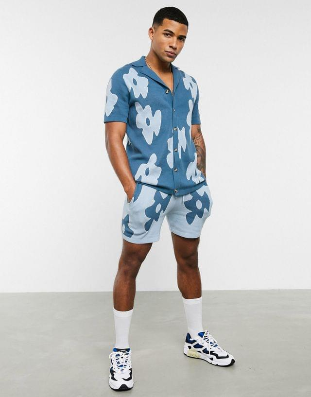 MEN knitted floral two-piece polo in pale blue design in blue