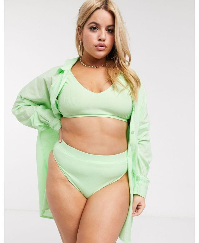 WOMEN curve natural oversized beach shirt in pastel spring green