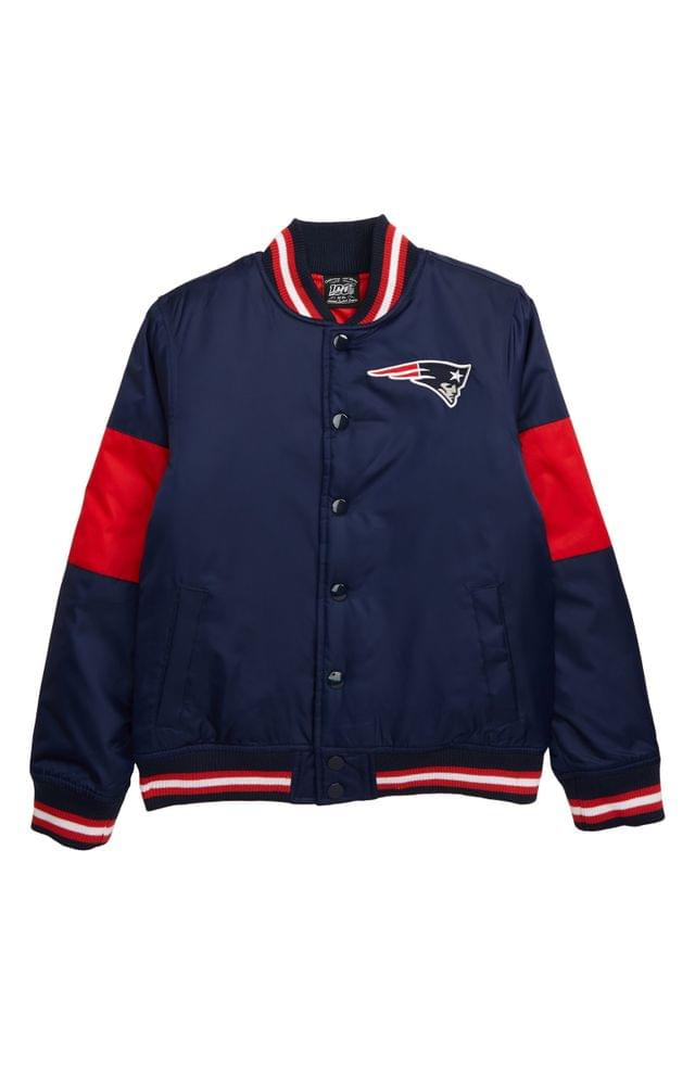 KIDS Outerstuff NFL Logo New England Patriots Throwback Varsity Jacket (Big Boys)