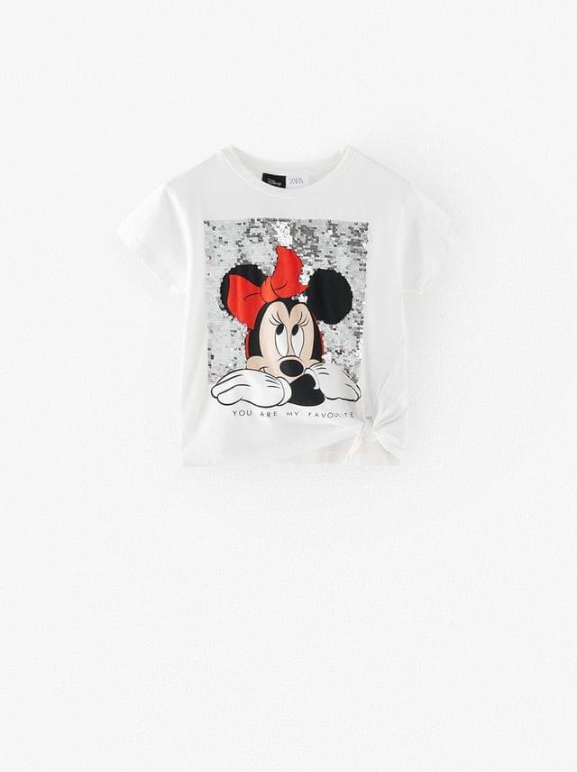 KIDS ROUND NECK SHORT SLEEVE T-SHIRT. FRONT MINNIE MOUSE DISNEY PRINT WITH REVERSIBLE SEQUINS.