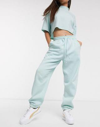 WOMEN Missguided Petite two-piece oversized sweatpants in blue