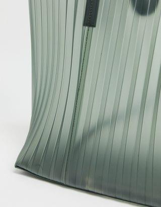 WOMEN Steve Madden Quin pleated tote in green