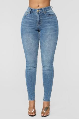 WOMEN Can't Let Me Go Skinny Jeans - Medium Blue Wash
