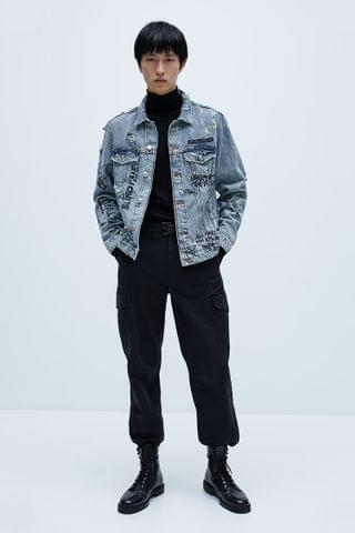 MEN DENIM JACKET WITH TEXT