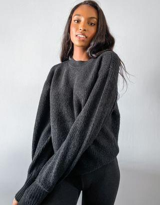 WOMEN Tall crew neck fluffy sweater with balloon sleeve