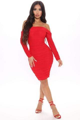 WOMEN Ready In A Ruched Off Shoulder Midi Dress - Red