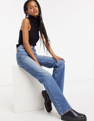 WOMEN Topshop ONE oversized Mom jeans in mid wash