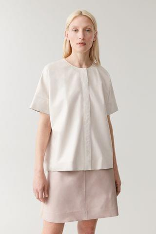 WOMEN SHORT-SLEEVED LEATHER TOP