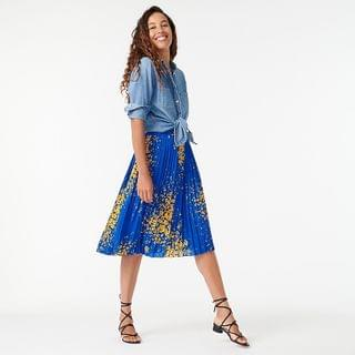 WOMEN Pleated midi skirt in tossed floral