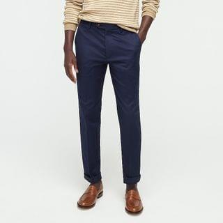MEN Bowery Classic-fit dress pant in stretch chino