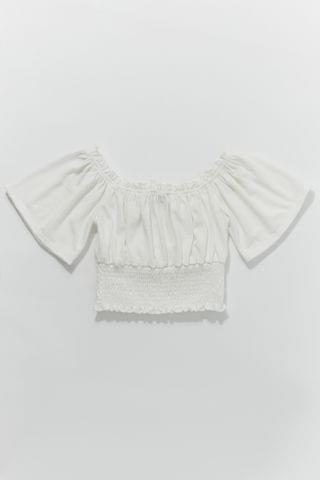 WOMEN UO Nori Crinkle Linen Off-The-Shoulder Top