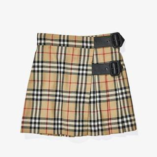 KIDS Luiza Skirt (Little Kids/Big Kids). By Burberry Kids. 290.00. Style Archive Beige IP Check.