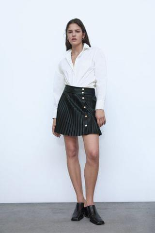 WOMEN FAUX LEATHER PLEATED SKIRT