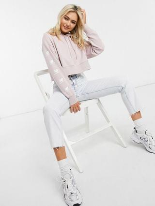 WOMEN New Balance stacked logo cropped hoodie in pink