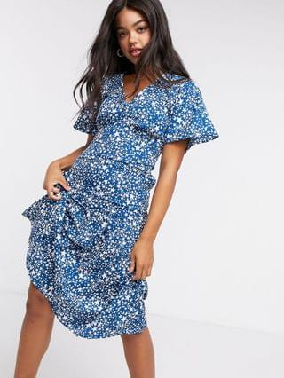 WOMEN New Look tiered hem midi dress in blue star print