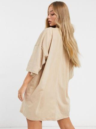 WOMEN oversized t-shirt dress with ninety two graphic in camel