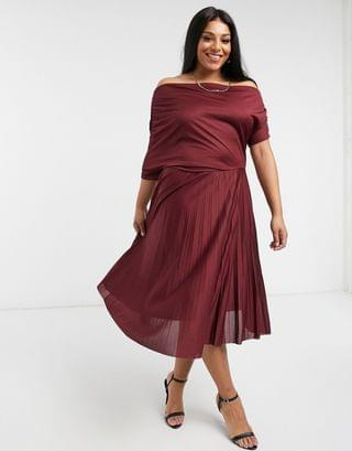 WOMEN Curve exclusive fallen shoulder pleated skater midi dress in burgundy