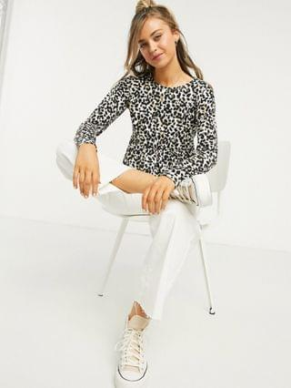 WOMEN Wednesday's Girl relaxed smock top with peplum hem in leopard print