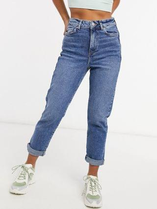 WOMEN New Look Petite waist enhancing mom jeans in mid blue