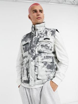 Sixth June vest with utility pockets in new white camo