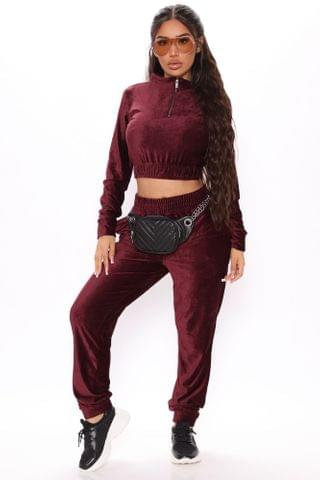 WOMEN Act Accordingly Crop Zip Front And Jogger Set - Burgundy