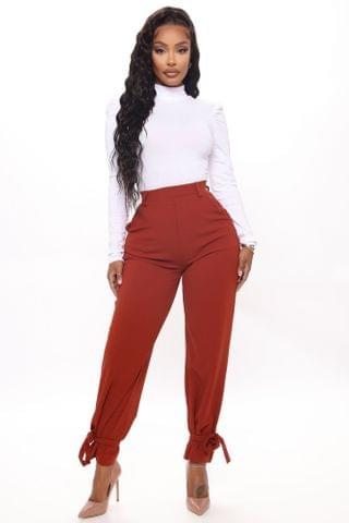 WOMEN INTO THE OFFICE TROUSER - Brick Red