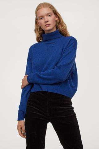 WOMEN Knit Turtleneck Sweater