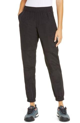 WOMEN The North Face Class V Joggers