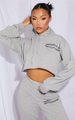 WOMEN PRETTYLITTLETHING Petite Grey University Cropped Hoodie