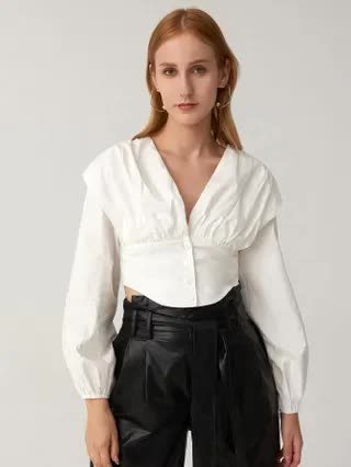 WOMEN Fold Pleat Button Front Crop Top