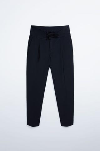 MEN TROUSERS WITH BUCKLES AT THE WAIST